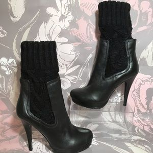 Charles David Leather and Knit Top Booties Sz 8.5